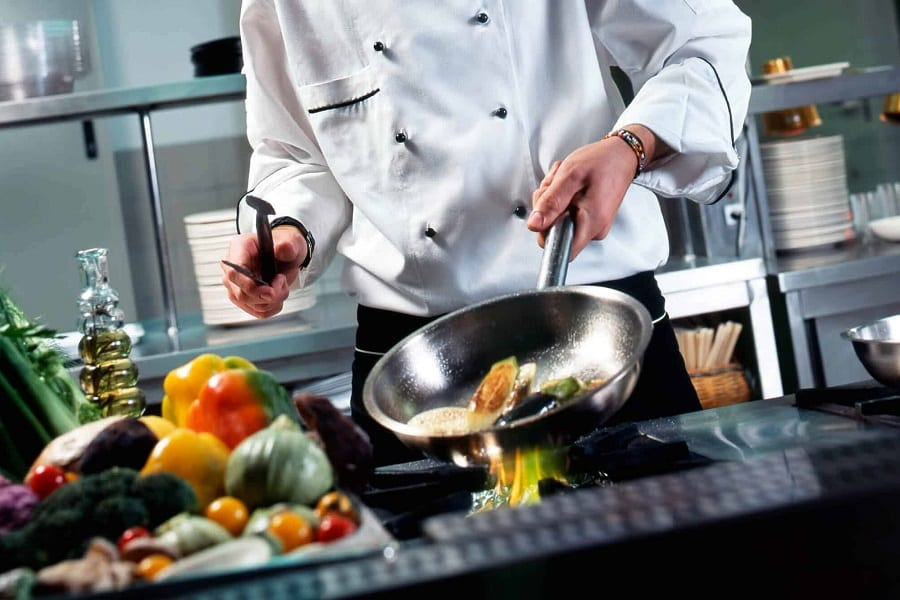 What Type Of Cookware Do Pro Chefs Use