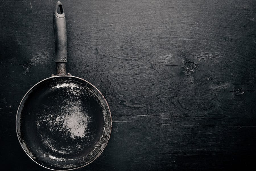 12 Toxins Found In Cookware And What Are The Best Alternatives