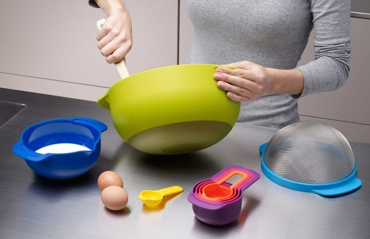 Using Plastic Utensils For Making Food